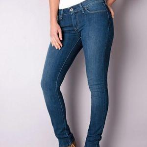 Levi's Skinny jeans sz 25
